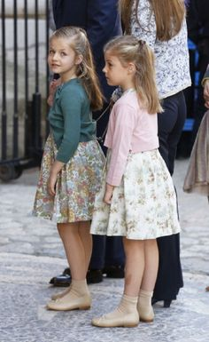 (L-R) Infanta Leonor and Infanta Sofia of Spain attends the Easter Sunday Service, at Palma Cathedral on 31 March 2013 in Mallorca