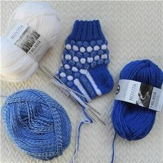 Knitting Stitches, Winter Hats, Socks, Knitting Patterns, Sock, Stockings, Loom Knitting Stitches, Ankle Socks, Knit Stitches