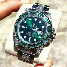 luxury watches for men rolex Rolex Watches For Men, Seiko Watches, Luxury Watches For Men, Dream Watches, Cool Watches, Greenhouse Kits For Sale, Greenhouse Plans, Expensive Watches, Expensive Jewelry