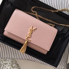 ExtraPetite.com - Bag review: YSL Saint Laurent wallet on chain