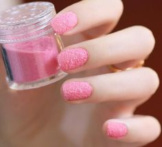 Velvet nails arts become trendy now. They are made of basic coats and the flocking powder. The flocking powder on the nails creates a funny but chic look. Pale Nails, Pastel Pink Nails, 3d Nails, Glittery Nails, Minx Nails, Fancy Nails, Nail Designs 2014, Short Nail Designs, Cute Nail Designs