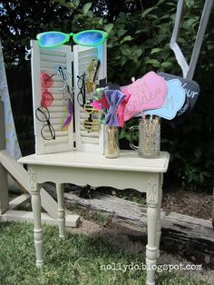 Holly Do.: wedding photo booth props