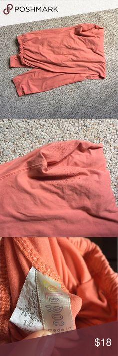 Peach lularoe TC leggings Old style lularoe leggings with the elastic waistband. Washed per lularoe directions. Small amount of pulling on the inside of the legs (pic 2). Tall and Curvy fits size 12-26 LuLaRoe Pants Leggings