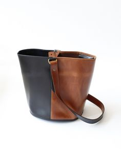 Creatures of Comfort Small Bicolor Bucket Bag - Black/Whiskey Black Whiskey, Casual Bags, Handbag Accessories, Fashion Bags, Leather Bag, Purses And Bags, Tote Bag, Baggage, Outfits