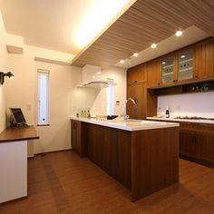 こだわりキッチンの家の施工事例、完成事例を集めてみました。あなたのイメージに合ったこだわりキッチンの家がきっと見つかるはずです。注文住宅の総合情報サイト ハウスネットギャラリー