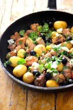Este receita de carne de porco, simplificado e adaptado da tradicional carne de porco à portuguesa é algo que me lembra sempre o verão. O...