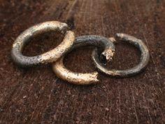 Ringe, Stahl und Gold