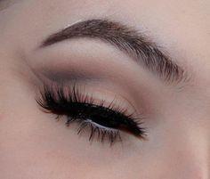 I don't have a caption _(ツ)_/ @anastasiabeverlyhills Ebony Dipbrow @katvondbeauty Shade Light eye palette @limecrimemakeup Cashmere velvetine @t.c.o.l The Envy lashes ______________________________________________________________