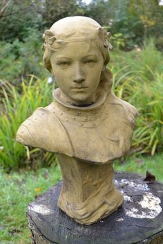 "JOAN OF ARC JEANNE D'ARC FEMALE BUST 16"" STONE ORNAMENT AGED SHABBY CHIC FINISH"