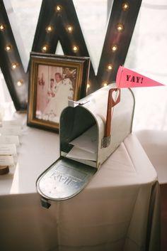 You've got mail! http://www.stylemepretty.com/colorado-weddings/steamboat-springs-colorado/2016/08/30/elegant-bella-vista-estate-wedding/ Photography: Andy Barnhart - http://www.andybarnhart.com/