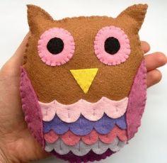 felt owl D