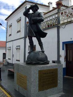 Estátua de Cristóvão Colombo, Cuba, Alentejo, Portugal