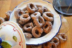Spizzica in Salento...: Tarallini dolci al Negroamaro