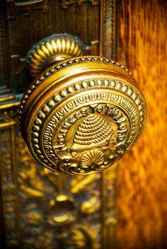 Beehive doorknob from the beehive state, Utah