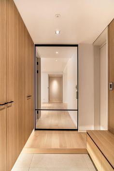 Wood Interior Design, Cafe Interior, Apartment Interior, Interior Design Living Room, Apartment Entrance, House Entrance, Wood Interiors, Office Interiors, Door Design