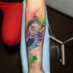 """""""Mi piace"""": 144, commenti: 2 - Mani Broowns (@manibroowns) su Instagram: """"#watercolor #watercolortattoo #fkirons #spektraedgex #tattoomagazine #tattooes #tattooed #tattooer…"""""""