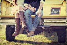 Image shared by Lou. Find images and videos about love, boy and couple on We Heart It - the app to get lost in what you love. Engagement Couple, Engagement Pictures, Engagement Shoots, Wedding Pictures, Wedding Ideas, Country Engagement, Engagement Ideas, Engagement Inspiration, Wedding Engagement