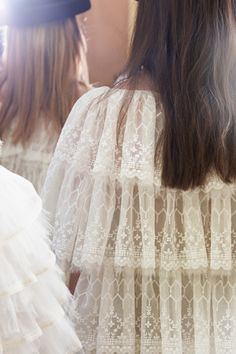 Chanel RTW AW 2016-17 #Chanel #aw16-17 #ChanelFallWinter2017 #FrontRowOnly Visit espridegabrielle.com | L'héritage de Coco Chanel #espritdegabrielle