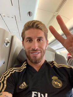 Real Madrid, Eternal Youth, Best Club, Football Players, Sexy Men, Polo Ralph Lauren, Mens Tops, Photography, Sergio Ramos
