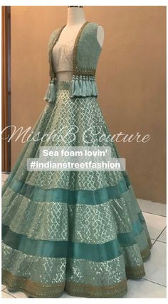 Party Wear Indian Dresses, Designer Party Wear Dresses, Indian Gowns Dresses, Party Wear Lehenga, Indian Fashion Dresses, Dress Indian Style, Indian Designer Outfits, Pakistani Clothing, Abaya Style