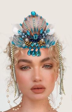 Fashion Drawing Dresses, Mermaid Crown, Under The Sea Theme, Hair Jewelry, Jewellery, Model Face, Handmade Headbands, Crown Hairstyles, Body Art