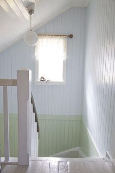 Livs Lyst Living Room Green, Bedroom Green, Cheap Renovations, Chalet Style, Beach House Decor, Home Decor, Green Kitchen, Beautiful Space, Scandinavian Style