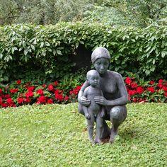 oslo   norge   gamle aker kirkegård