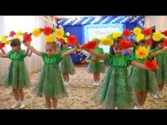 """Вальс цветов"". МБДОУ №68 г.Астрахани. Видео Валерии Вержаковой - YouTube Infant Activities, Activities For Kids, Teatro Musical, Diy And Crafts, Crafts For Kids, Wizard Of Oz, Pre School, Holidays And Events, Halloween Diy"