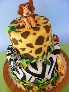 Would be a fun cake for a Madagascar themed birthday party!