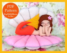 Reclining Mermaid. With her shell bed. Felt Doll. PDF Pattern and Tutorial. Mermaid Pattern. The little mermaid.