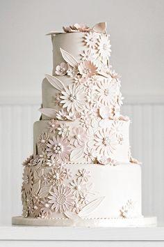 White on white daisies blush wedding cake