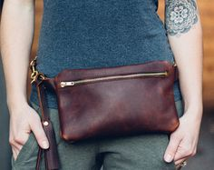 leather zipper fanny pack  cognac // Horween essex leather