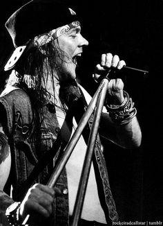 Axl Rose my love I Love Music, Music Is Life, Tatuagem Guns N Roses, Hard Rock, Lady Gaga, Pink Floyd, Rock Poster, Guns And Roses, Slash