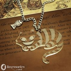 Cheshire Cat necklace - the-cheshire-cat Photo