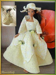 Le défilé des créations -stylistes : Barbie-fleur - Mamyflash Crochet Barbie Clothes, Doll Clothes, Habit Barbie, Barbie Patterns, Indian Designer Wear, Fashion Dolls, Barbie Dolls, Creations, Doll Dresses