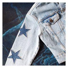 3,121 vind-ik-leuks, 45 reacties - sandro paris officiel (@sandroparis) op Instagram: 'Star-studded denim jacket. Discover morein our bio. #SandroParis #Fashion #Stars #Denim'
