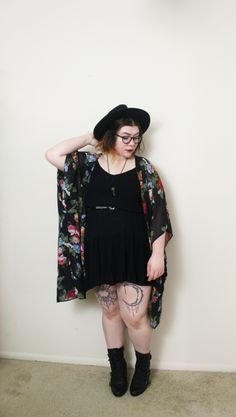 Sometimes life calls for an all black outfit. Plus Size Grunge, Plus Size Goth, Look Plus Size, Plus Size Hipster, Alternative Outfits, Alternative Mode, Alternative Fashion, Chubby Fashion, Fat Fashion