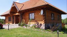Lokalizacja Willa Limajno to luksusowy duży dom usytuowany nad samym jeziorem, położony w malowniczym miejscu, z dala od zgiełku. W skrócie to dom z duszą, gdzie pobyt to sama przyjemność