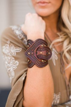 Aegean Boho Leather Cuff Bracelet – Turquoise Overlap tooled vegan dyed leather bracelet cuff by Karen Kell with antiqued brass grommets and accent stamped heart & flowers. Leather Carving, Leather Art, Saddle Leather, Leather Cuffs, Leather Tooling, Leather Jewelry, Tooled Leather, Leather Store, Leather Pouch