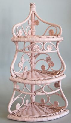 Wicker Corner Shelf Pink