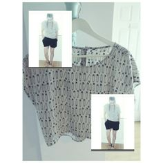 H&M BLACK SAFETY PIN PRINT BEIGE BLOUSE *CROPPED HI LOW BOTTON BACK BLOUSE *WORN ONCE H&M Tops Crop Tops