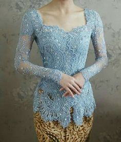 27 Ideas for dress brokat modern indonesia indones Kebaya Bali, Vera Kebaya, Indonesian Kebaya, Indonesian Wedding, Batik Kebaya, Batik Dress, Dress Brokat Modern, Kebaya Modern Dress, Kebaya Dress