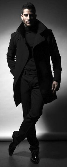 Classy Fall All Black Outfits Mens Syle Ideas - Herren mode & Men's Fashion Guy Fashion, Mens Fashion Suits, Style Fashion, Fashion Black, Mens Black Clothing Fashion, Winter Fashion, Mens Fashion 2018, Bold Fashion, Fashion Outfits