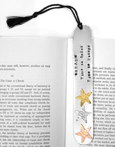 Saw this on Pinterest and liked it, thought I'd share....Read Metal Stamped Bookmark #metalstamping