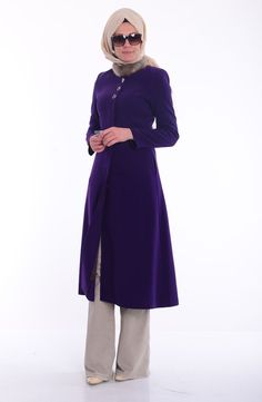 Long coat models from a wide range of brands and colors are on sale on our website. You can prefer different color options such as black, beige, mink and claret red. To view long coat models, sefamerve.com is the correct address.