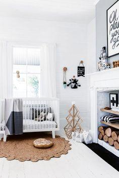 Hulp nodig met de babykamer, kom dan kijken op de website www.littledeer.nl voor stylingadvies. #baby #babykamer #nursery