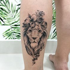 Este posibil ca imaginea să conţină: unul sau mai mulţi oameni Side Body Tattoos, Hand Tattoos, Leo Tattoos, Cute Tattoos, Body Art Tattoos, Lion Leg Tattoo, Female Lion Tattoo, Lioness Tattoo, Calf Tattoo
