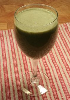 Strawberry Fields - The classic strawberry smoothie with just a touch of green. www.ultimatedanielfast.com
