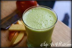 Apple Pie A La Mode Green Smoothie | Life As A Plate