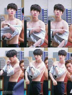 k-pop kepo - weibo Ahn Jae Hyun, Most Handsome Actors, Handsome Boys, Korean Men, Korean Actors, Cinderella And Four Knights, J Star, Sexy Asian Men, My Love From The Star